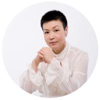 Interview with Helene Li