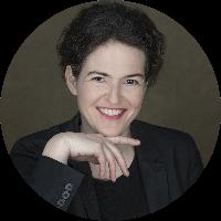 Dr Dorothea Baur